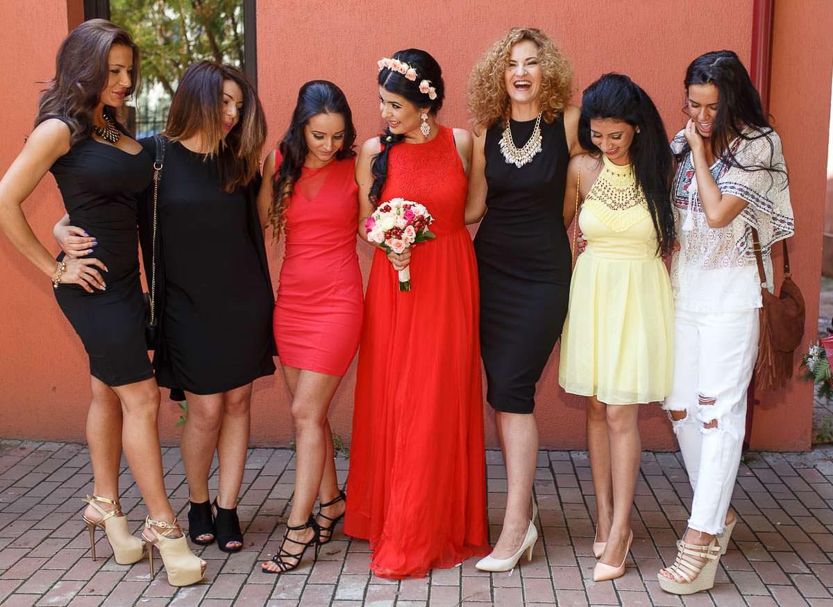 Alina si Cristi - Fotografii la starea civila sector 6 + Sedinta foto de logodna
