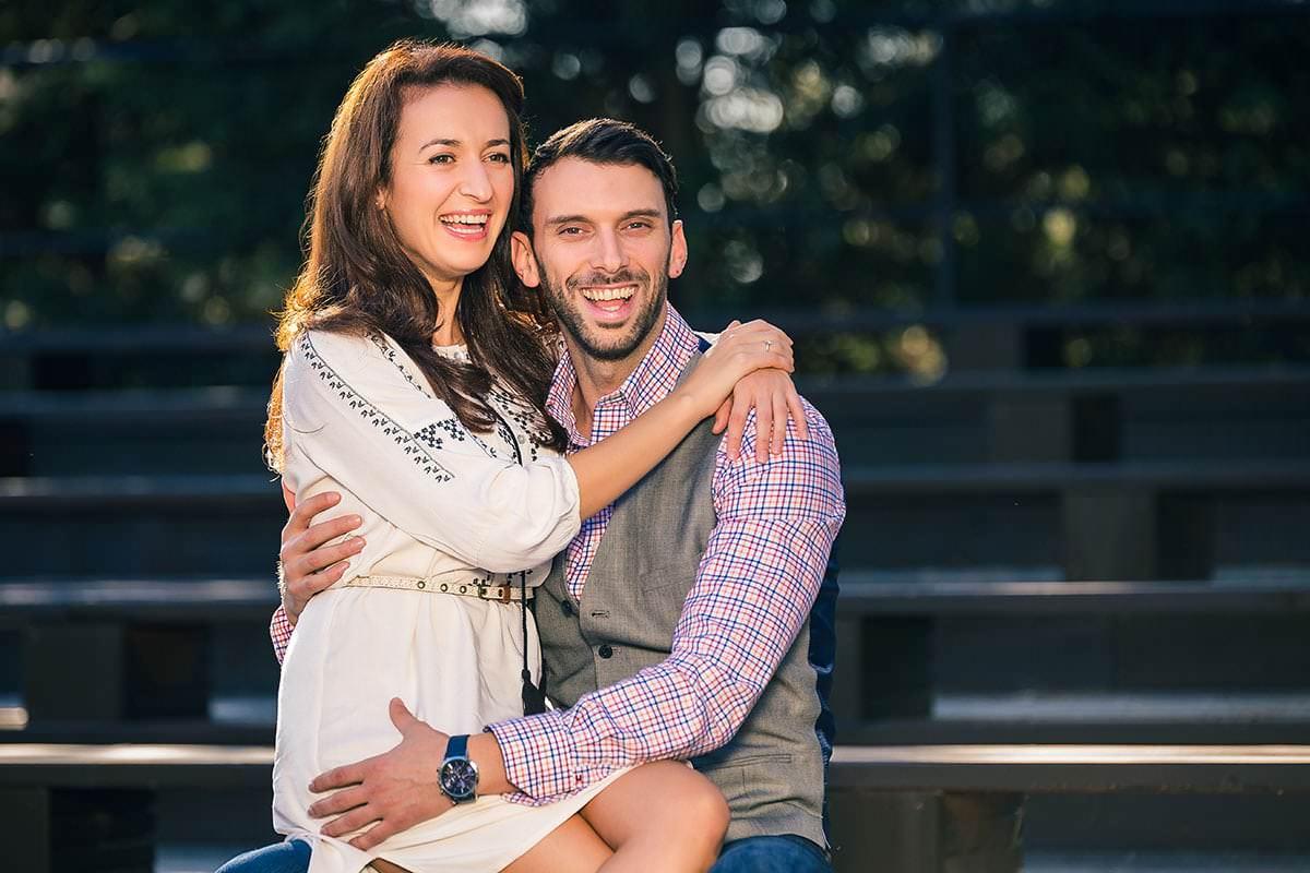 Sedinta foto de logodna in parcul ior (1)