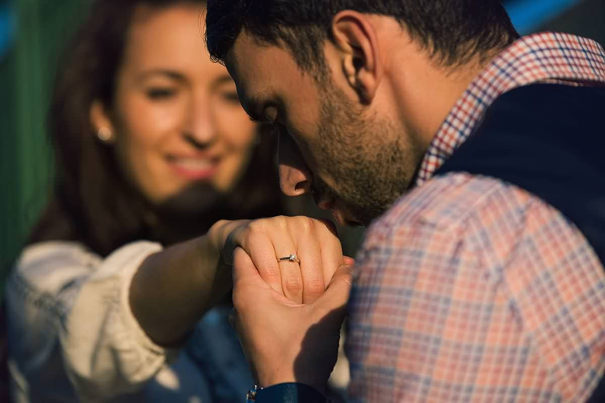 Sedinta foto de logodna in parcul ior (24)