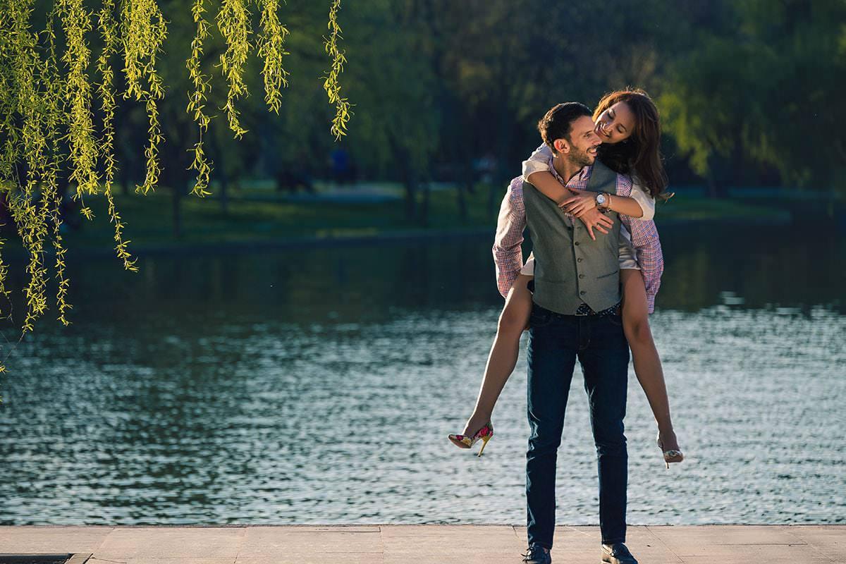 Sedinta foto de logodna in parcul ior (28)
