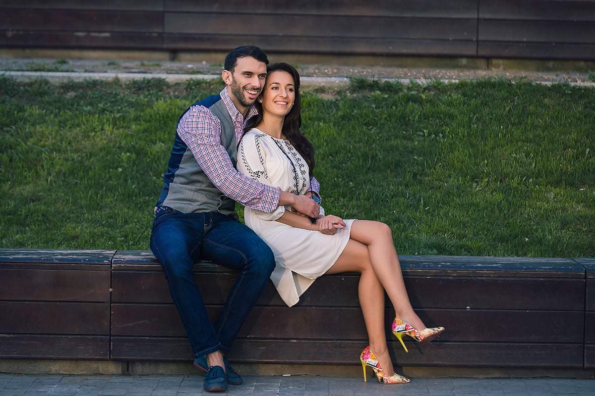 Sedinta foto de logodna in parcul ior (29)