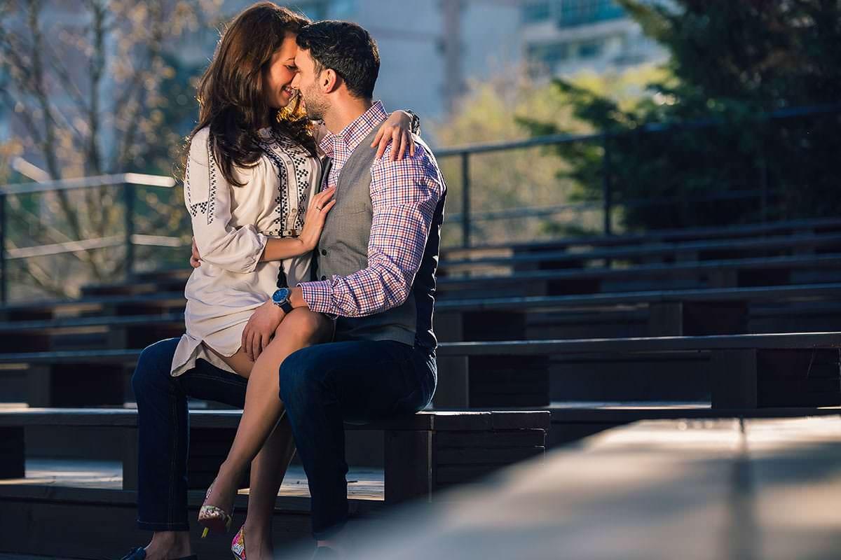 Sedinta foto de logodna in parcul ior (3)