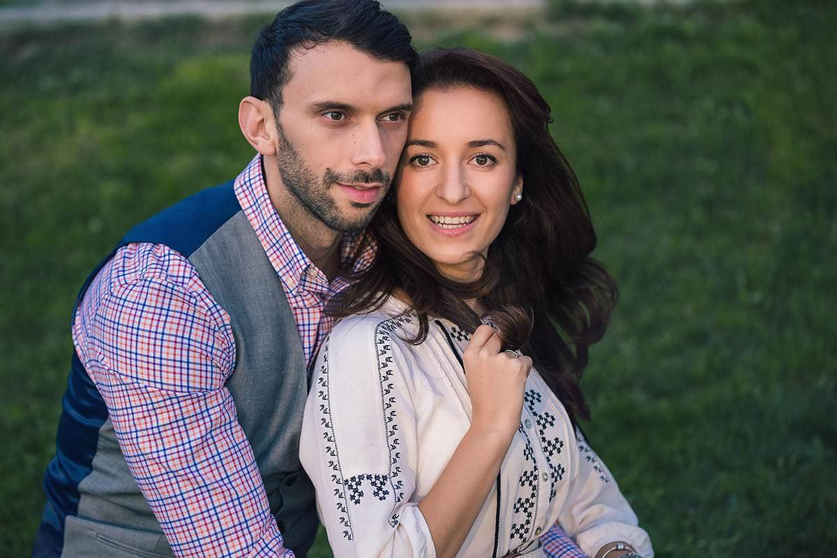 Sedinta foto de logodna in parcul ior (30)