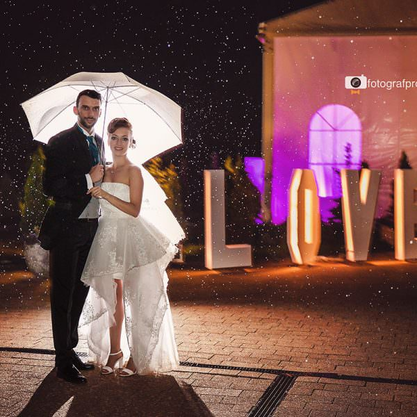 Cum alegi fotograful de nunta potrivit?