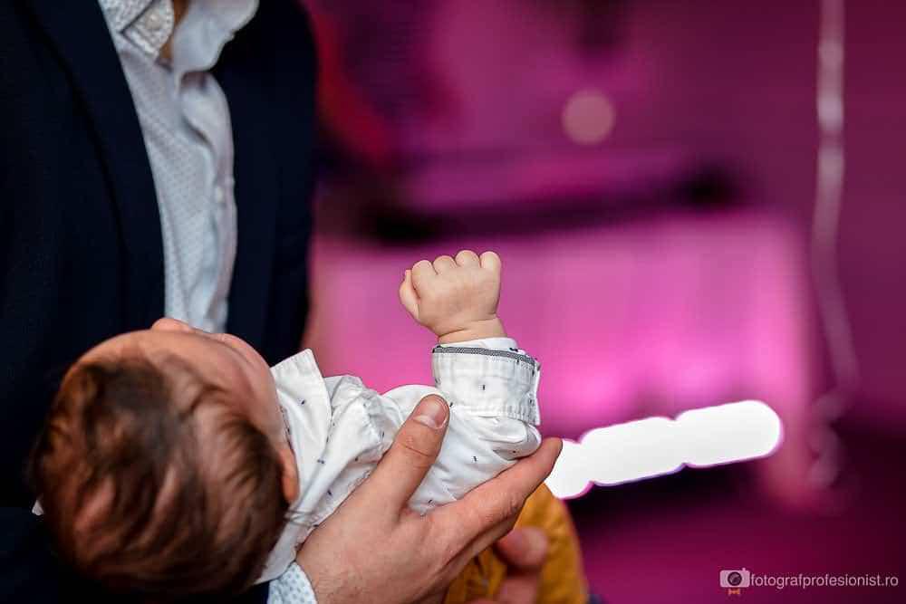 fotografii de botez cu Tudor la Restaurant Rustic