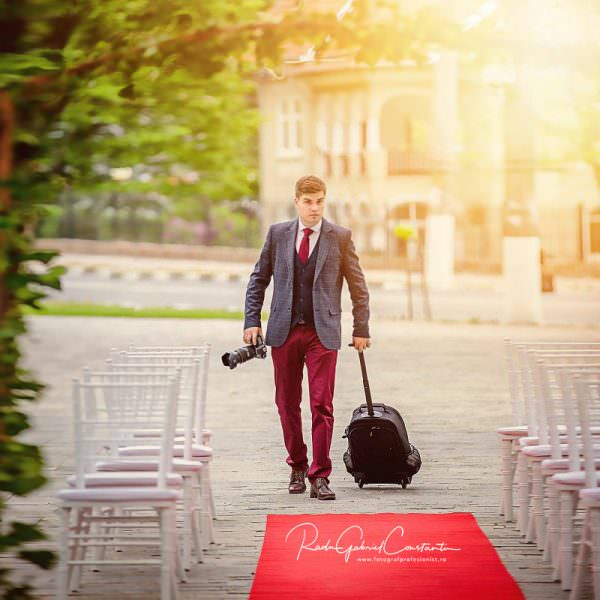 De ce ar trebui sa alegi un fotograf profesionist pentru evenimentele importante din viata ta