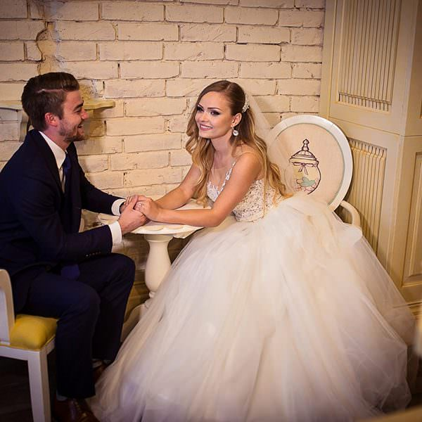 Invitatii de nunta 2018. 4 idei de invitatii de nunta deosebite, in functie de anotimp
