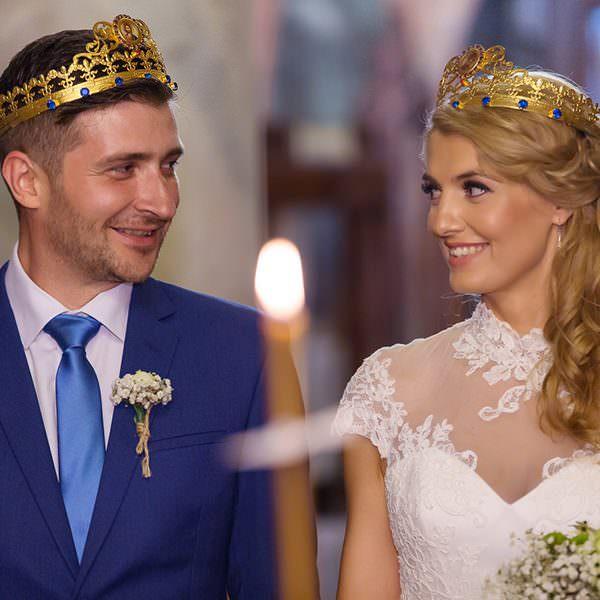 Traditii romanesti la nunta. Traditii care atrag norocul la nunta ta
