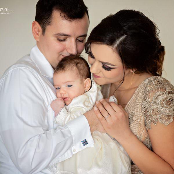 Fotograf botez. Cum alegi fotograful pentru botezul copilului