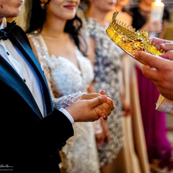 Obiceiuri si traditii de nunta la romani: alegerea nasilor si datoria fata de ei