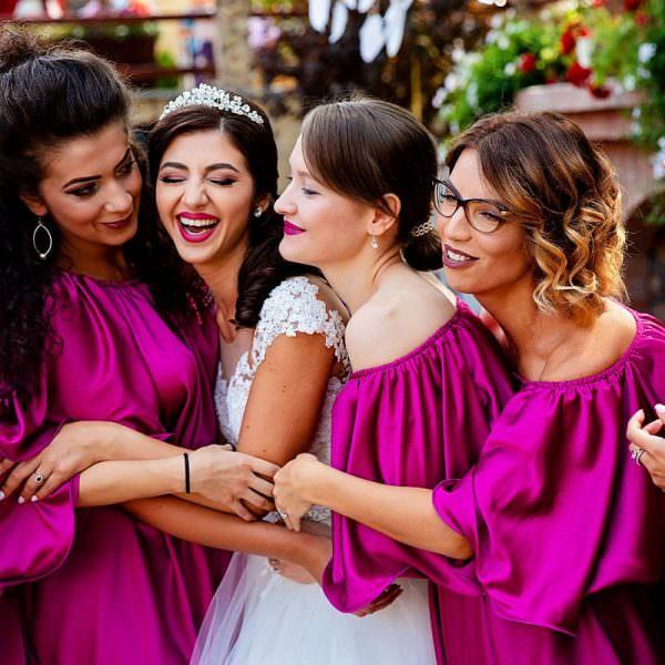 Stiai ca exista mai multe stiluri de fotografie de nunta?