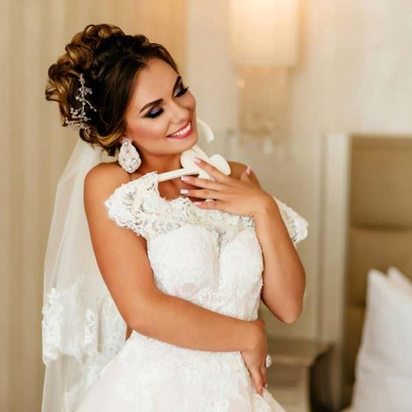 Spun povestea nuntii tale in imagini colorate si pline de viata  Fotograf Profesionist De Nunta